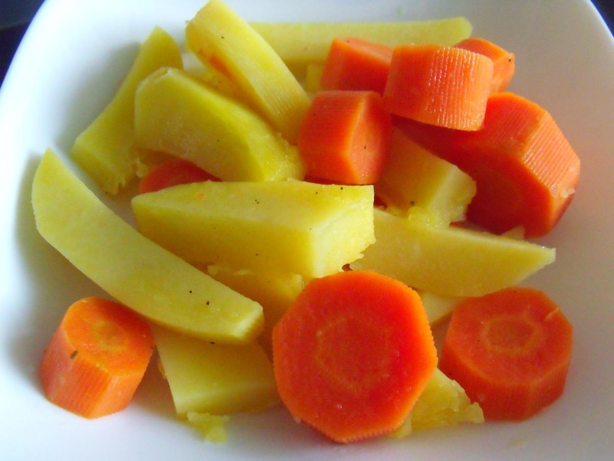 Easy Baked Carrots & Potatoes/ Лесни печени компири и моркови